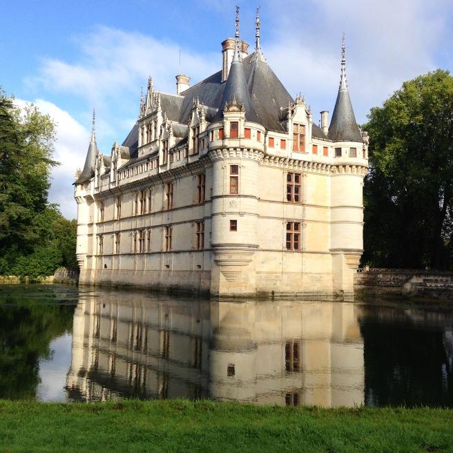 azay-castle1