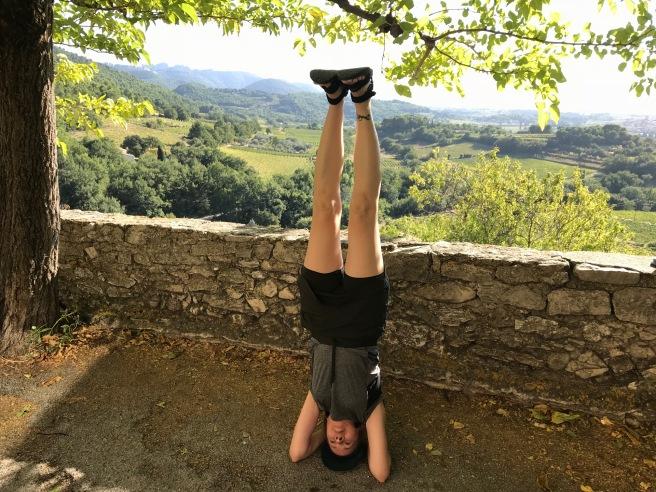 headstand-seguret.jpg